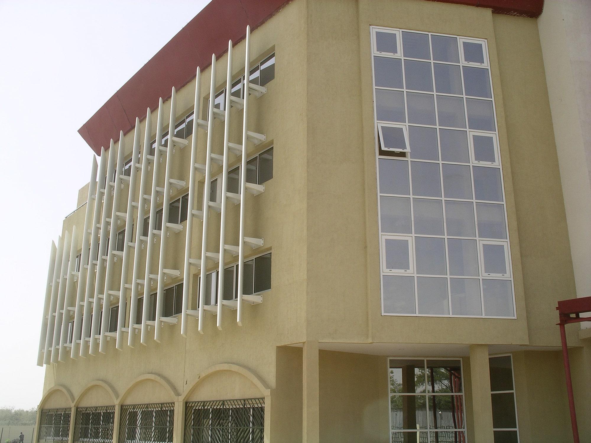 Siège De La Cebevirha N'djamena : Menuiseries Ext. AluBrise Soleil 5
